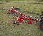 kverneland 9471 s mini 150x125 Pokazy koszenia i zbioru traw w Ułężu – Pokaz przetrząsaczy i zgrabiarek   fotorelacja