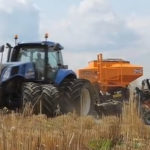 000 new holland t8 mzuri 150x150 Moc za milion (#4): NEW HOLLAND T8.435 SmartTrax (gąsienicowy tylny napęd)   VIDEO