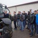 000 agro land stawia namlodych foto 150x150 Co wpływa na wybór dealera maszyn rolniczych przez rolnika?