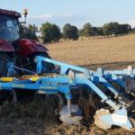 Case Puma Farmet Triolent 470 150x150 Tak było w 2017! W mokrej uprawie Valtra S i Farmet Triolent   VIDEO