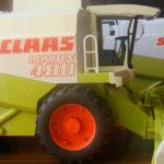 Claas Lexion 480 zabawka Bruder 150x150 Case IH Optum 300 CVX – Traktor Roku 2017 w skali 1:32