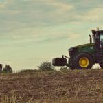 John Deere 7310R uprawa zniwa 2017 film 150x150 Tak było w 2017! W mokrej uprawie Valtra S i Farmet Triolent   VIDEO