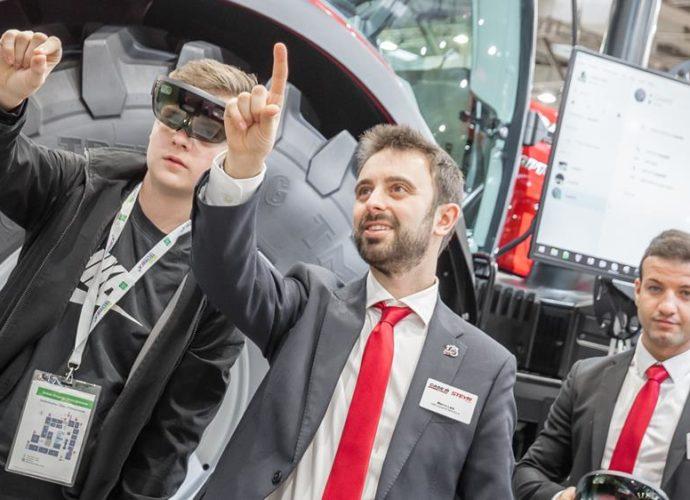Case IH HoloLens