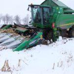 DSCF7222 150x150 Pech kombajnu John Deere WTS 9560 w zimowym docinaniu kukurydzy   FOTO