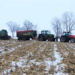 DSCF7229 2 150x150 Pech kombajnu John Deere WTS 9560 w zimowym docinaniu kukurydzy   FOTO