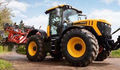 ciągnik rolniczy JCB Fastrac 8000