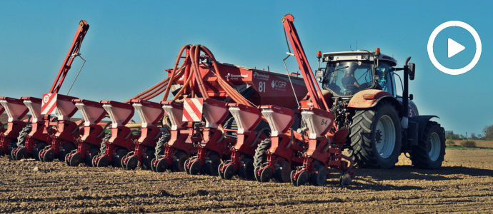 Siew kukurydzy na 32 rzędy. W polu 2x Steyr i Case IH z siewnikami Kverneland - VIDEO