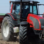Valtra T siew kukurydza 2018 film 150x150 Valtra T174 SmartTouch + Vaderstad Carrier 420 w uprawie poplonu. Pokaz Agrolmet (VIDEO)
