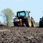 John Deere klasyczne traktory 2018 film 150x150 Żniwa 2018, BIZON Z058 Rekord młóci kminek   oryginalny dźwięk