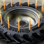 opony rolnicze Continental 90 lat 150x150 Continental rusza w trasę z Valtra SmartTour