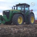 John Deere 8400R Moc za milion 2 film 150x150 John Deere serii 7030 – sprawdzone i cenione ciągniki o mocy 175 220 KM (VIDEO)