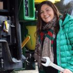 """John Deere kobiety w akcji 2019 1 150x150 """"Systemy Agrotroniczne"""" – premiera książki z mechatroniki w rolnictwie dla szkół średnich"""