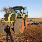 DSCN6530 150x150 Claas Axion 920 i New Holland T8020 w uprawie przedsiewnej w RZD Minikowo   FOTO