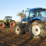 DSCN6540 150x150 Claas Axion 920 i New Holland T8020 w uprawie przedsiewnej w RZD Minikowo   FOTO