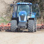 DSCN6576 150x150 Claas Axion 920 i New Holland T8020 w uprawie przedsiewnej w RZD Minikowo   FOTO