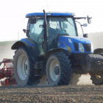 New Holland T6050 siew kukurydzy 2019  film 150x150 Siew kukurydzy w RSP Kazin: Zetor 12145 + Aeromat, Claas Atles 946 + Farmet   FOTO