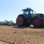 DSCN6944 150x150 Siew kukurydzy w RSP Kazin: Zetor 12145 + Aeromat, Claas Atles 946 + Farmet   FOTO