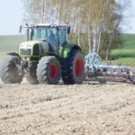 DSCN7008 150x150 Siew kukurydzy w RSP Kazin: Zetor 12145 + Aeromat, Claas Atles 946 + Farmet   FOTO
