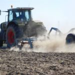 DSCN7010 150x150 Siew kukurydzy w RSP Kazin: Zetor 12145 + Aeromat, Claas Atles 946 + Farmet   FOTO
