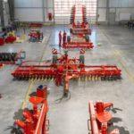 wnetrze hali stalowej 150x150 Jak wykorzystać hale stalowe w rolnictwie?