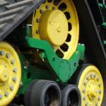 John Deere gąsienice 2020 film 150x150 Dwuletnia gwarancja w ciągnikach John Deere – jak wpłynie na utrzymanie wartości ciągnika?