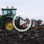 John Deere 7830 Kuhn film 150x150 John Deere 7930 z pługiem Kuhn w zimowej orce   VIDEO