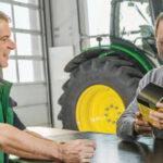 John Deere Kramp czesci zamienne 150x150 Wsparcie w wersji 3.0, czyli jak specjalizacja dealera pomaga w pracy rolników