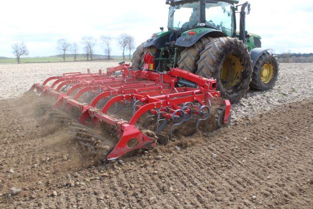 9 Specjaliści UNII podpowiadają: odpowiednia uprawa przedsiewna podstawą wysokich plonów