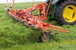koszenie i zbiór traw UŁĘŻ 2021 248 150x100 Pokazy koszenia i zbioru traw w Ułężu – Pokaz przetrząsaczy i zgrabiarek   fotorelacja
