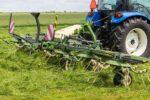 koszenie i zbiór traw UŁĘŻ 2021 293 150x100 Pokazy koszenia i zbioru traw w Ułężu – Pokaz przetrząsaczy i zgrabiarek   fotorelacja